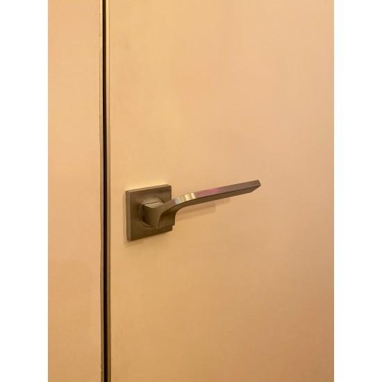 Slēptās durvis INVISIBLE ar alumīnija malu no 4 pusēm